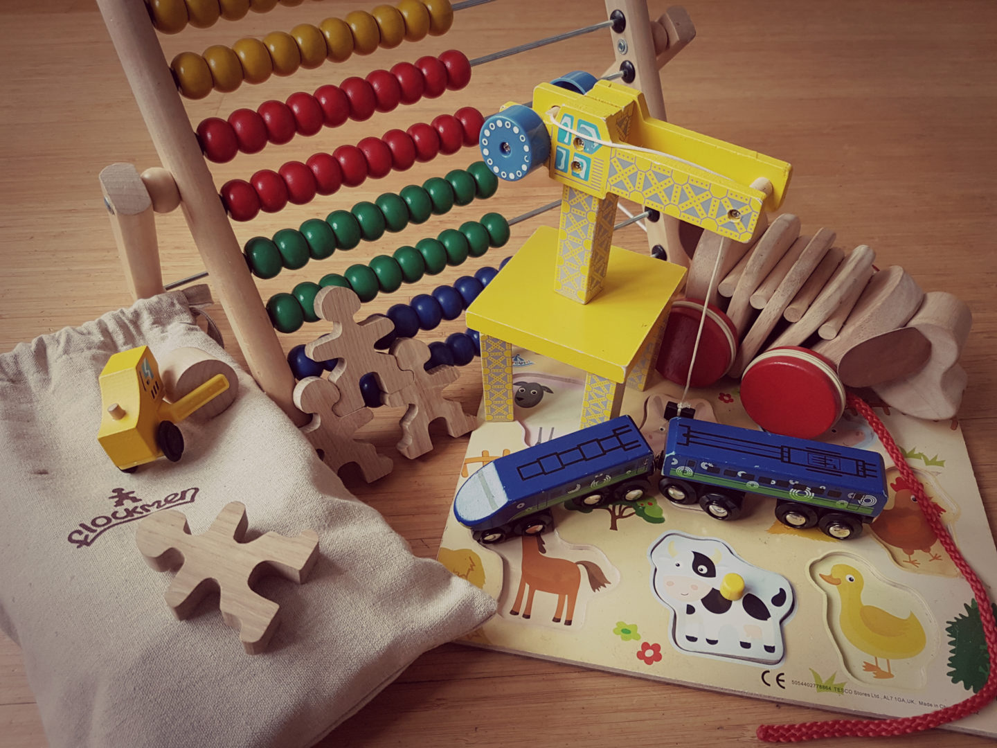 7 reasons you want to buy more wooden toys for your children